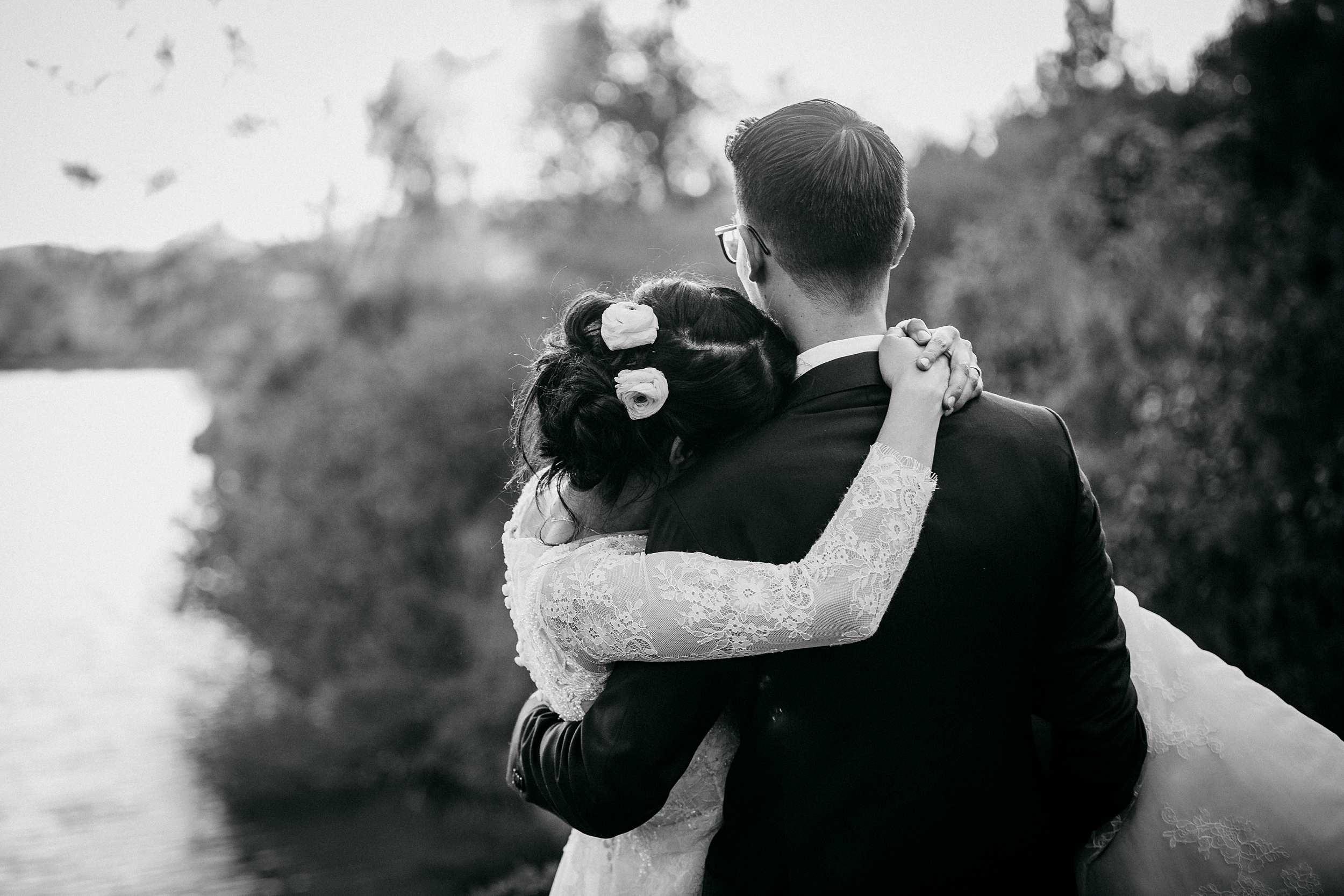 Matrimonio Lago Toscana : Matrimonio a ristorante il lago montaione firenze alessio bazzichi